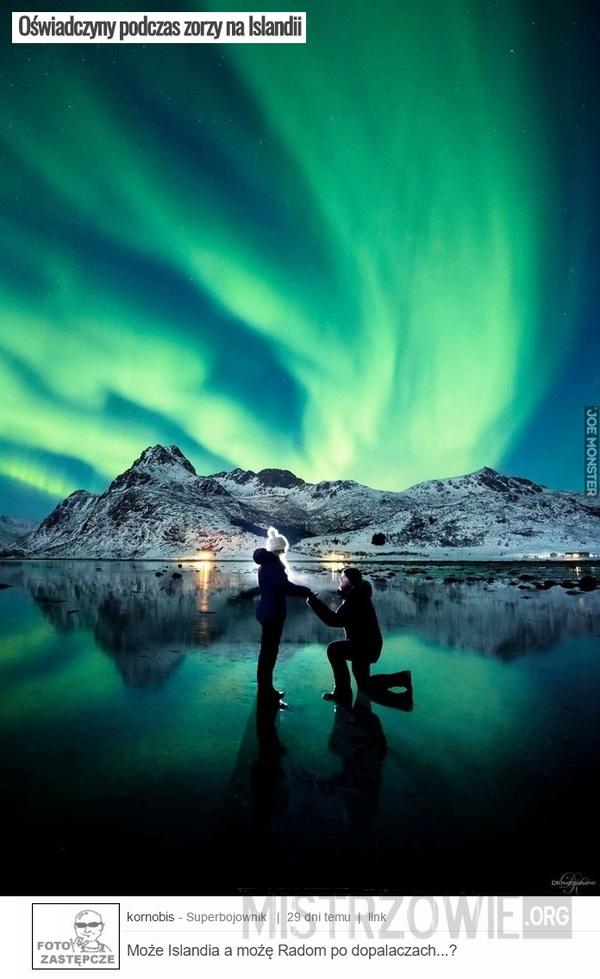 Oświadczyny podczas zorzy na Islandii –
