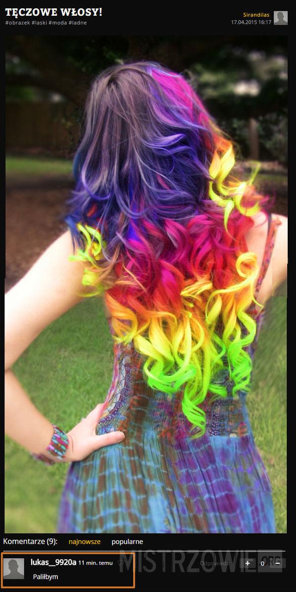 Tęczowe włosy –