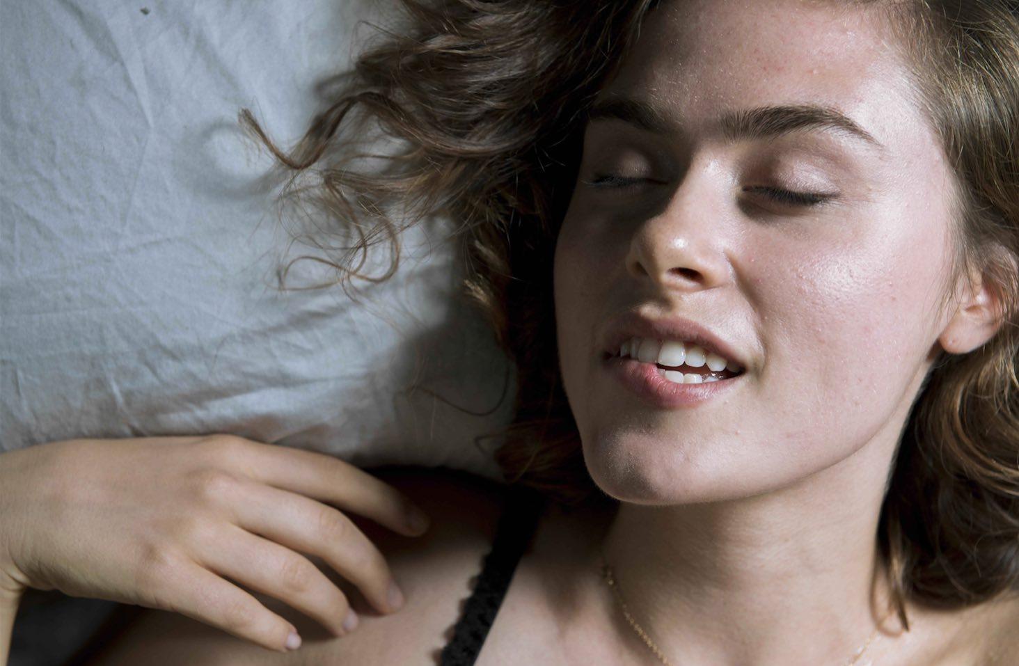 Jak sprawić, by kobieta lubiła seks analny