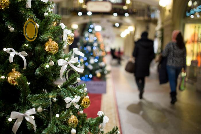 Christmas-Shopping_ST-1.jpg