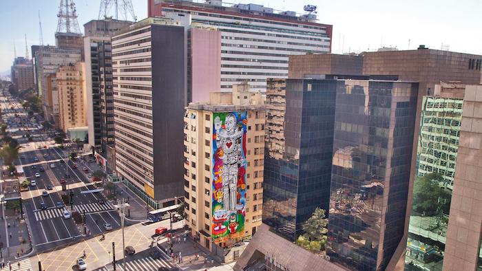 Czym się kończy zdejmowanie billboardów i ciekawostki z różnych miast świata