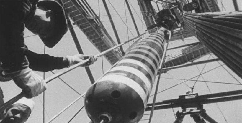Znalezione obrazy dla zapytania 1981 gas deposit bomb