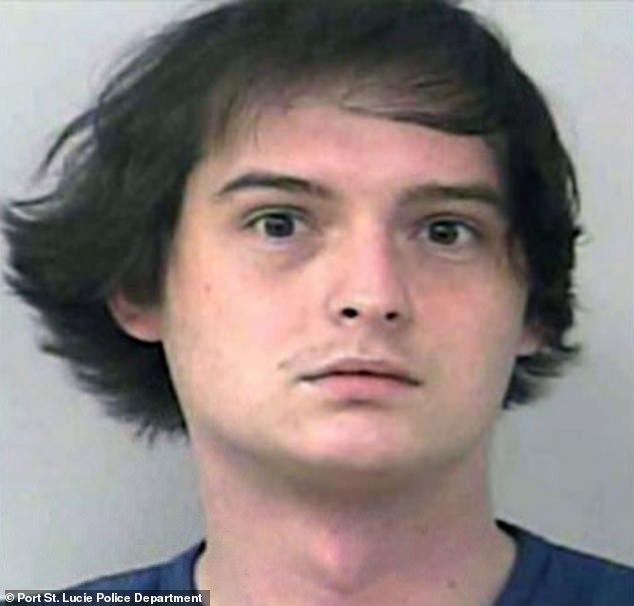 20-latek spotyka się z 17-latkiem nielegalnie