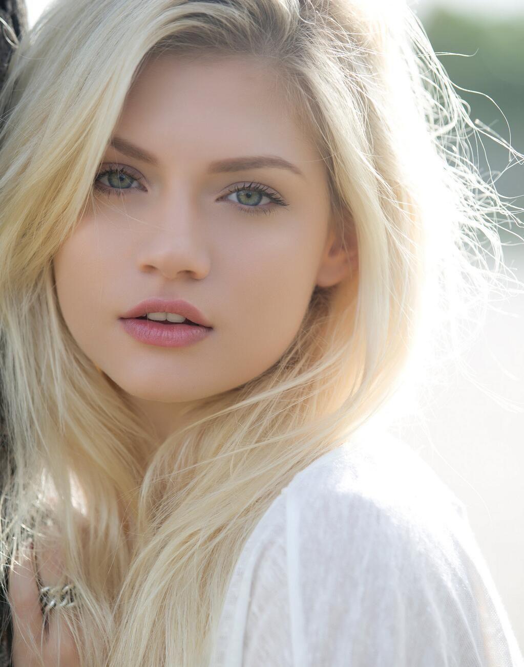 Znalezione obrazy dla zapytania beauty blonde girl