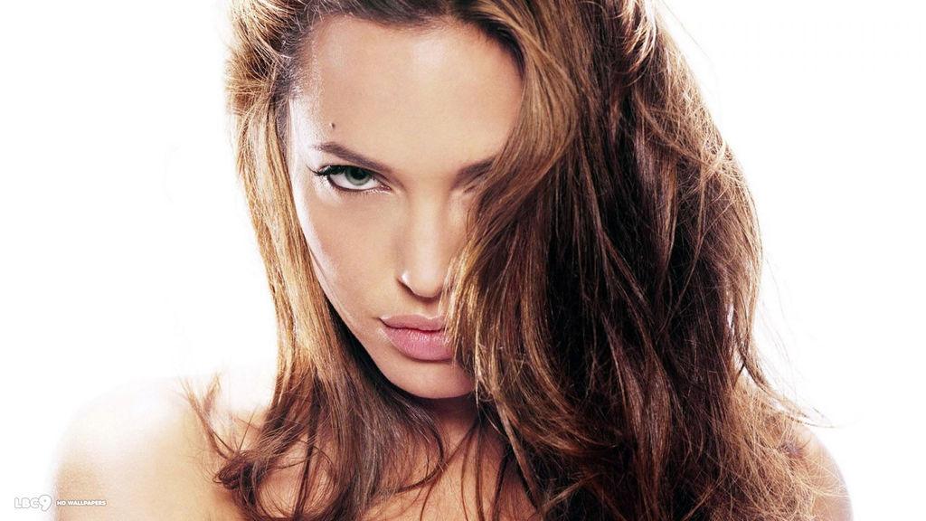 O czym myślą kobiety, czyli garść łóżkowych porad od przedstawicielek płci pięknej