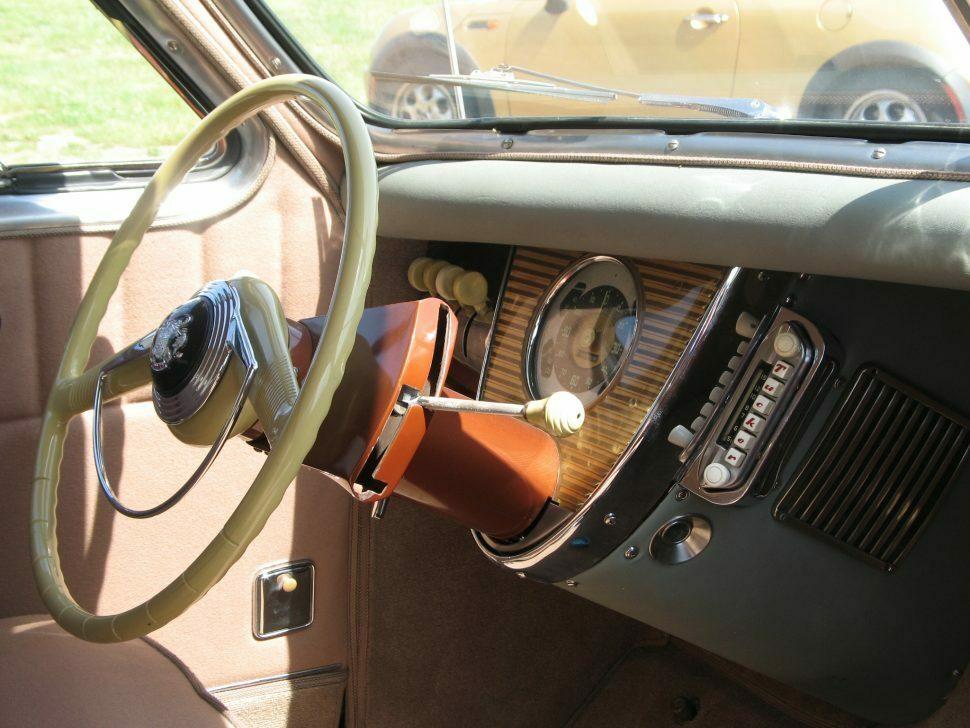 Tucker 1026 interior column shift