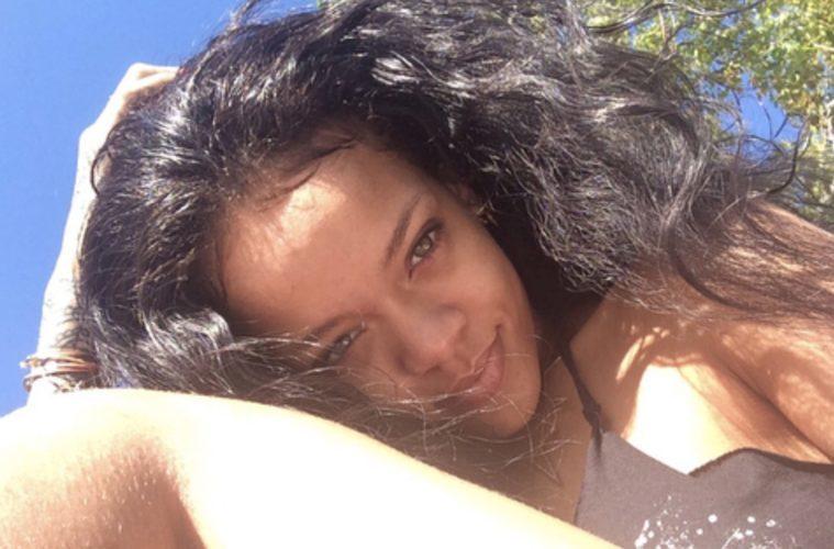 Rihanna-1-759x500.jpg