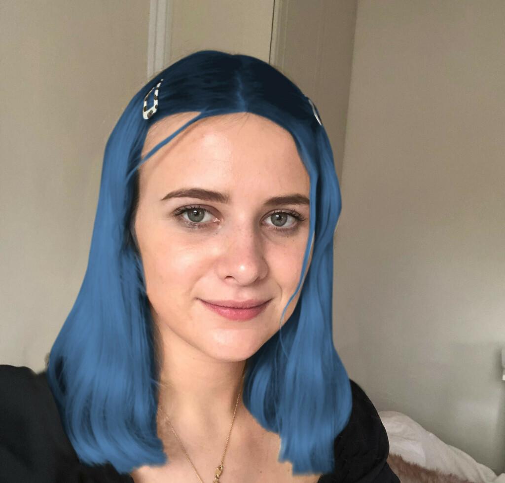 Alice stwierdziła, że niebieskie włosy pomogły przełamać lód