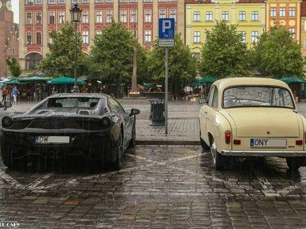 Kontrast na Placu Solnym