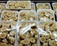 Gdyby natura znalazła sposób na przechowywanie tych bananów, abyśmy nie musieli marnować na nie tyle plastiku...