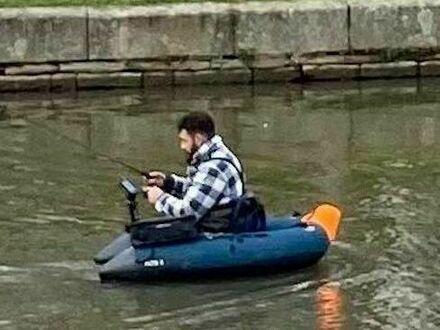 Jednoosobowy ponton