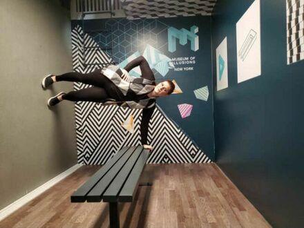 Moja dziewczyna i ja inaczej bawiliśmy się w muzeum iluzji