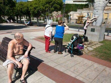 Co te głupie turysty wyprawiają?!