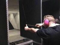 Każdy strzela czym potrafi