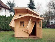 Zbugowany domek