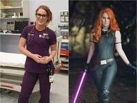 Za dnia lekarzem, w nocy zaś cosplayerką się staje