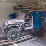 Samochód potrzebował mycia