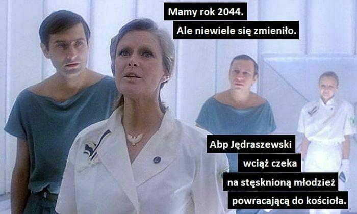 mamy rok 2044 ale niewiele się zmieniło
