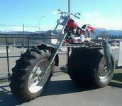 Motocykl, do którego potrzeba drabiny