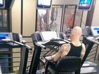 Obiecał żonie, że będzie chodził na siłownię