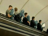 Chłopaki wpadli wspólnie do Ikei