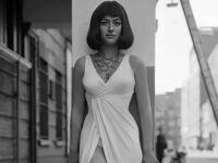 Helen Mirren jako Kleopatra w 1965 r.
