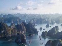Malownicza zatoka Ha Long w  Wietnamie