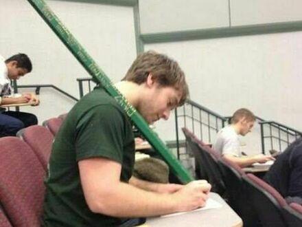 Teraz mu się nie wypisze w czasie egzaminu