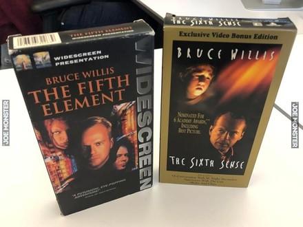 Mój przyjaciel myślał, że Szósty Zmysł jest sequelem Piątego Elementu