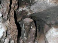 Figurka Sfinksa odkryta pod wodą w świątyni Kom Ombo