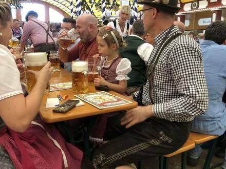Oktoberfest jest dla wszystkich, niezależnie od wieku