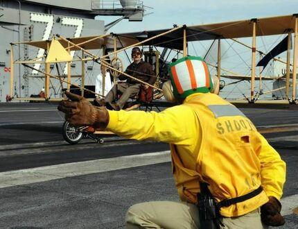 Początki lotnictwa pokładowego