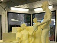 Rzeźba w całości zrobiona z masła