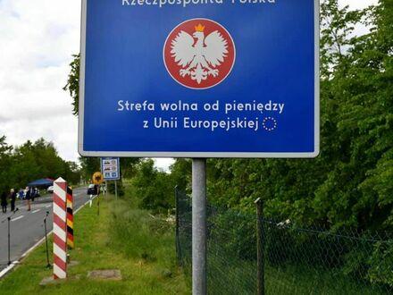 Nowa tablica na granicy