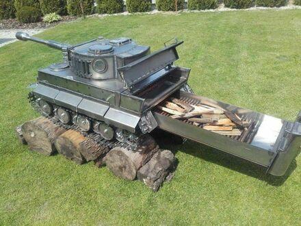 Ogrodowa ozdoba dla miłośników militariów