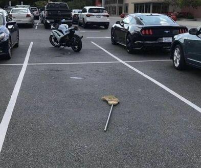 Parking przed Ministerstwem Magii
