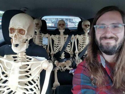 Jedziemy z kumplami na miasto