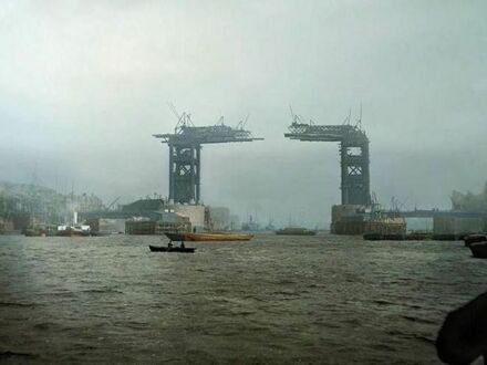 London Tower Bridge podczas budowy, 1889