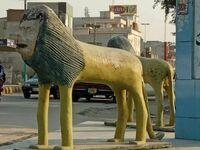 Autor rzeźby chyba nigdy nie widział lwa