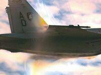 Moment, w którym F/A-18 Super Hornet przekracza barierę dźwięku
