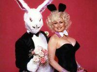 Dolly Parton z króliczkiem Playboya, 1978