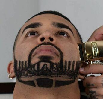 Dzieło sztuki uwiecznione na brodzie