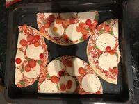 Jak zmieścić 2 mrożone pizze na 1 blasze