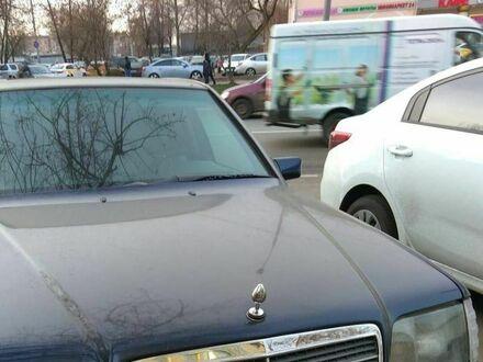 Alternatywny znaczek Mercedesa