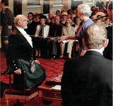 Sean Connery pasowany przez królową w 2000 roku