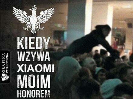 Janusze w Warszawie podczas otwarcia nowego sklepu Xiaomi