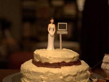 Tort weselny nałogowej internautki