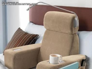 Fotelik łóżkowy