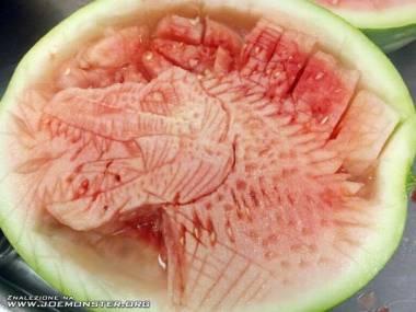 Smoczek z arbuza