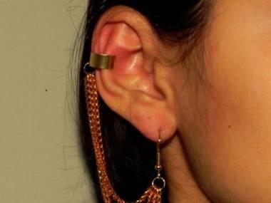Czacha w uchu